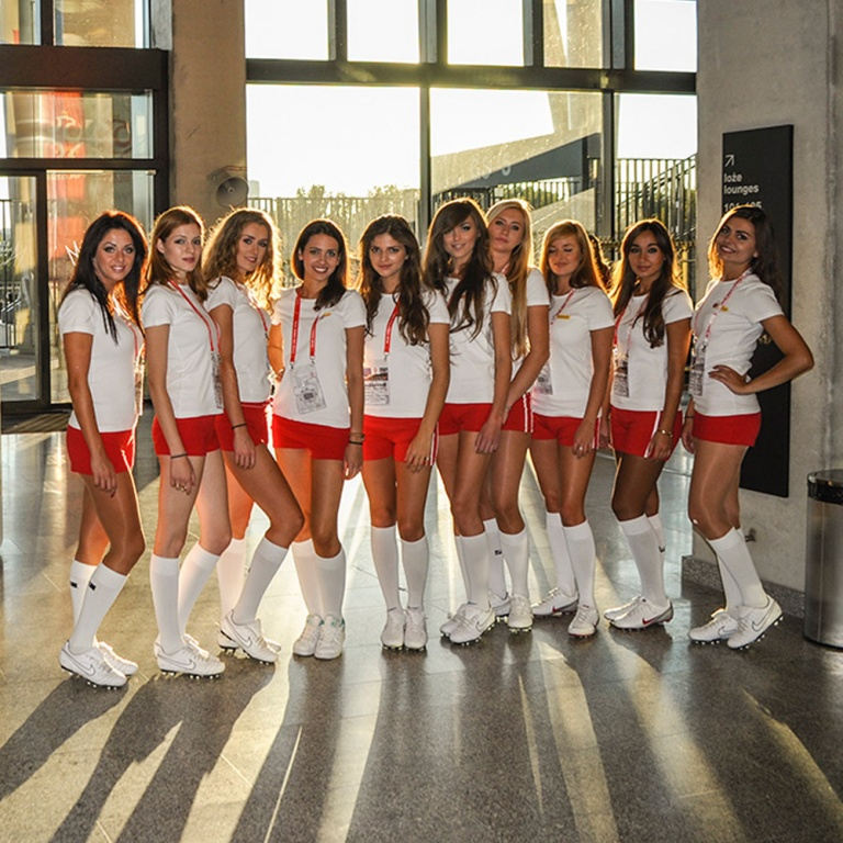 Hostessy z agencji na meczu Polska-Niemcy